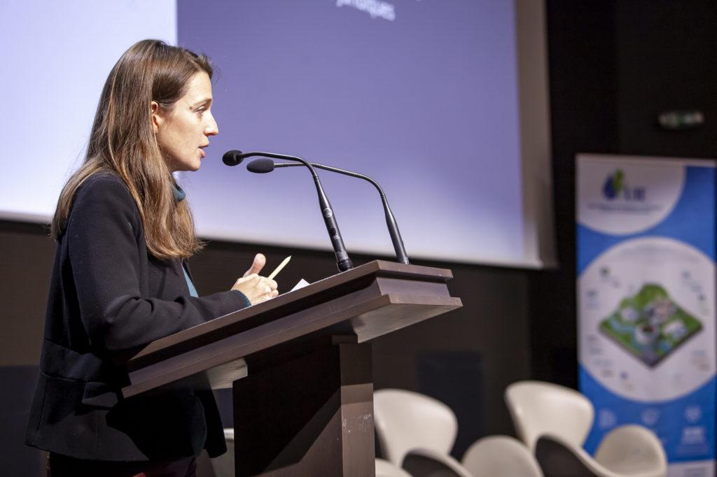 Photo de Flora VIGREUX Adjointe au Chef du bureau économie, statistiques et techniques de l'achat public, Ministère de l'Economie et des Finances